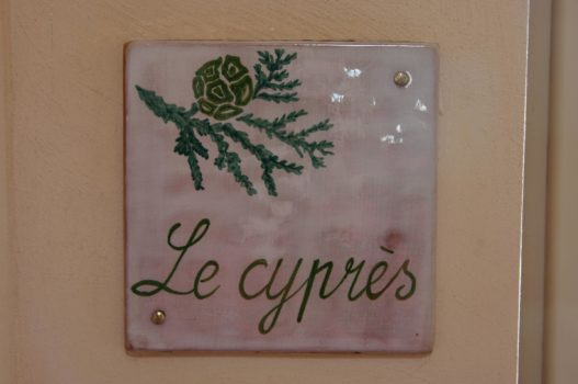 [:de]<h3>Le Cyprès</h3>[:]